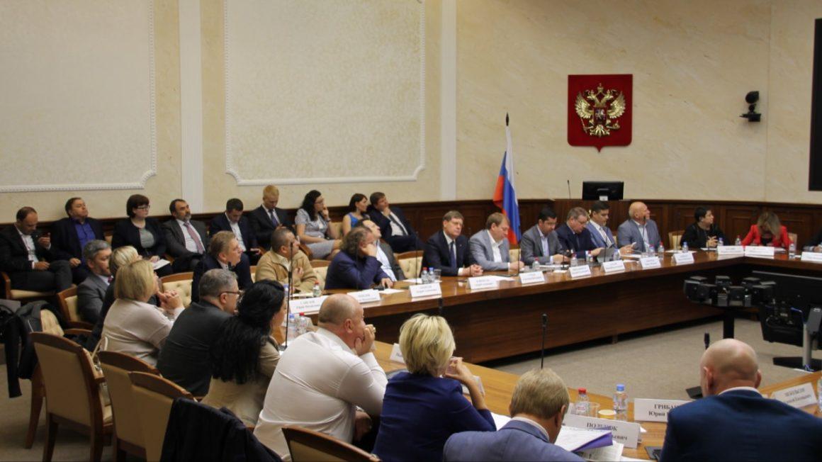 Состоялось совместное заседание Президиумов Правлений «ОПОРЫ РОССИИ» и Ассоциации «НП «ОПОРА», на котором рассматривались приоритетные направления деятельности «ОПОРЫ РОССИИ» на 2018-2024 годы.