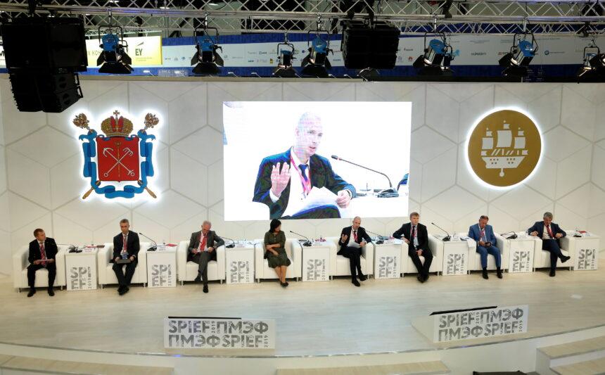 В Санкт-Петербурге завершил работу V Российский форум малого и среднего предпринимательства: чем запомнился «нулевой» день ПМЭФ-2019
